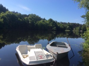 човен і катамаран